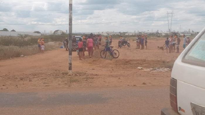 Homem é assassinado a facadas próximo ao Residencial Praia do Rodeadouro em Juazeiro (BA) - Portal Spy Notícias de Juazeiro e Petrolina