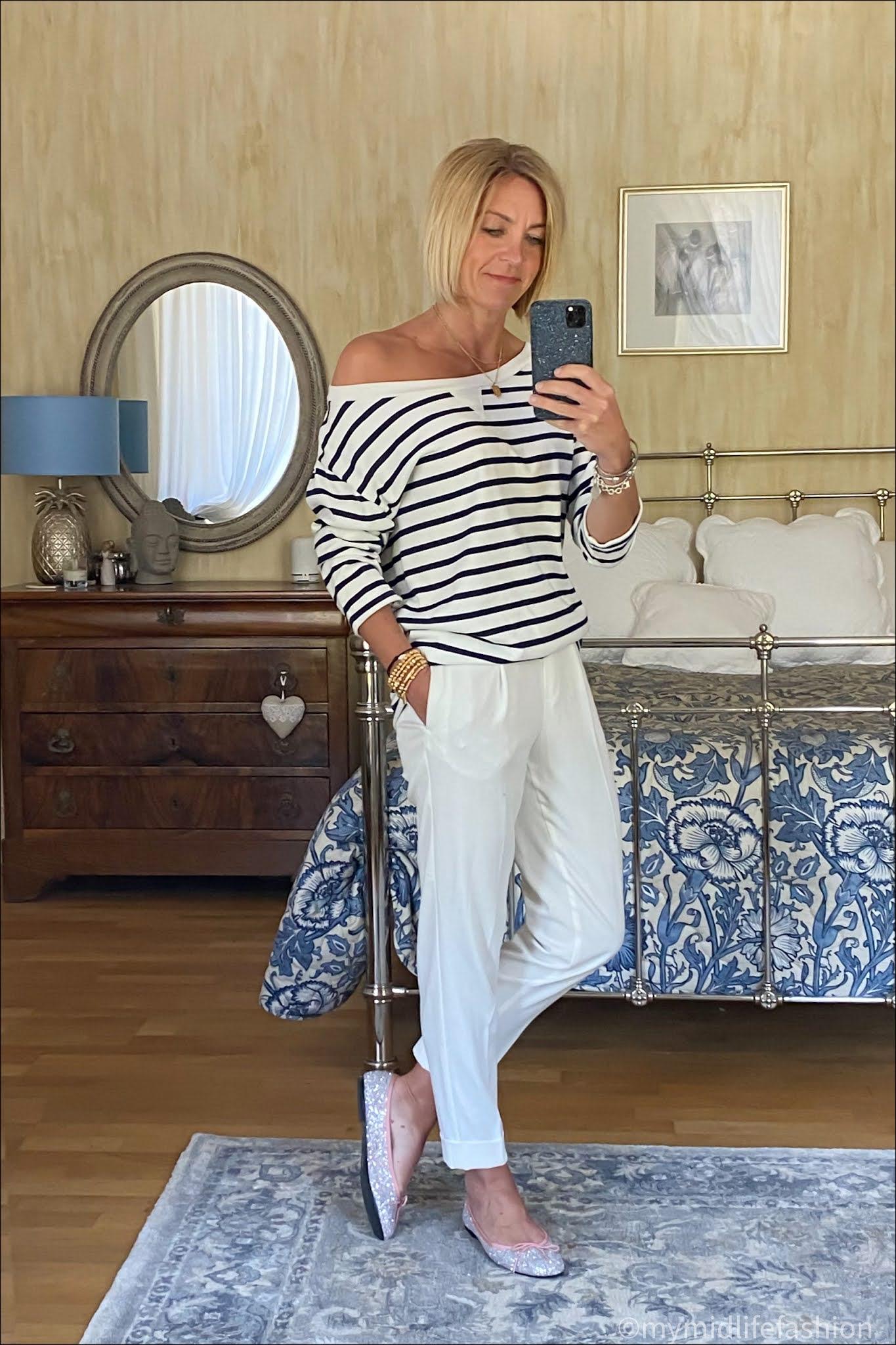 my midlife fashion, baukjen Layla organic top, marks and Spencer peg leg trousers, French sole Henrietta glitter ballet pumps
