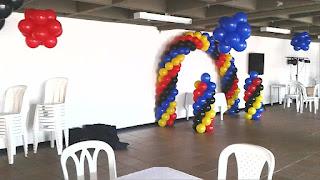 decoracion-con-globos-de-colores-lego-recreacionistas-medellin-6