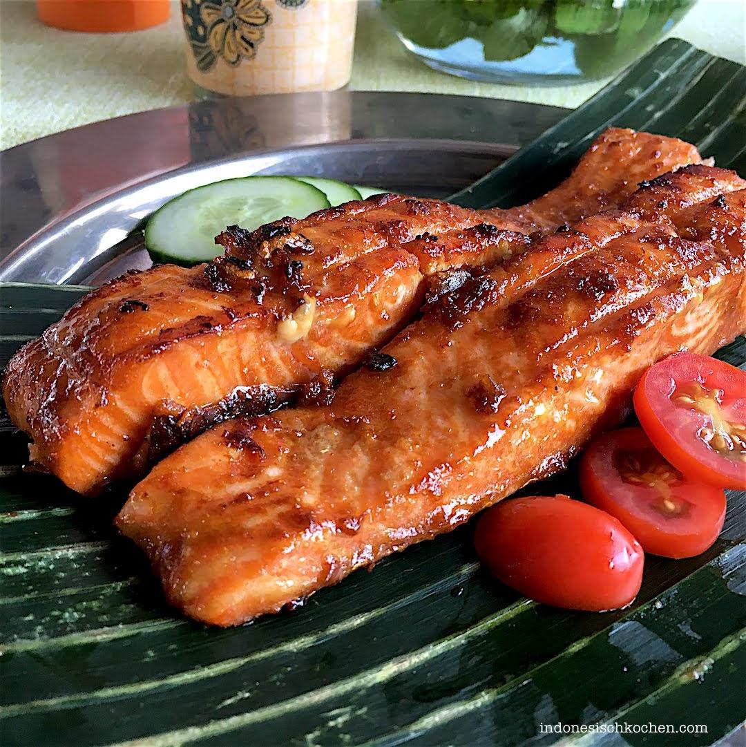 Bali Streetfood Ikan Bakar Gegrillter Fisch Kecap Manis Marinade