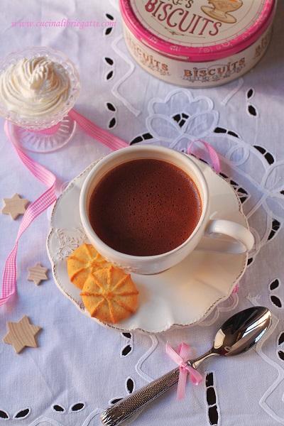 cioccolata in tazza ricetta