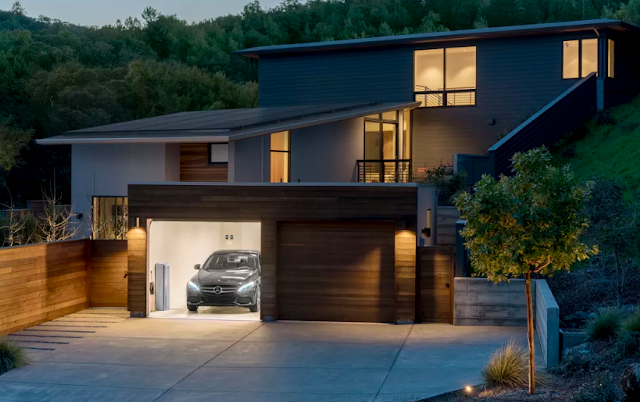 Mercedes-Benz brings its home battery to the US