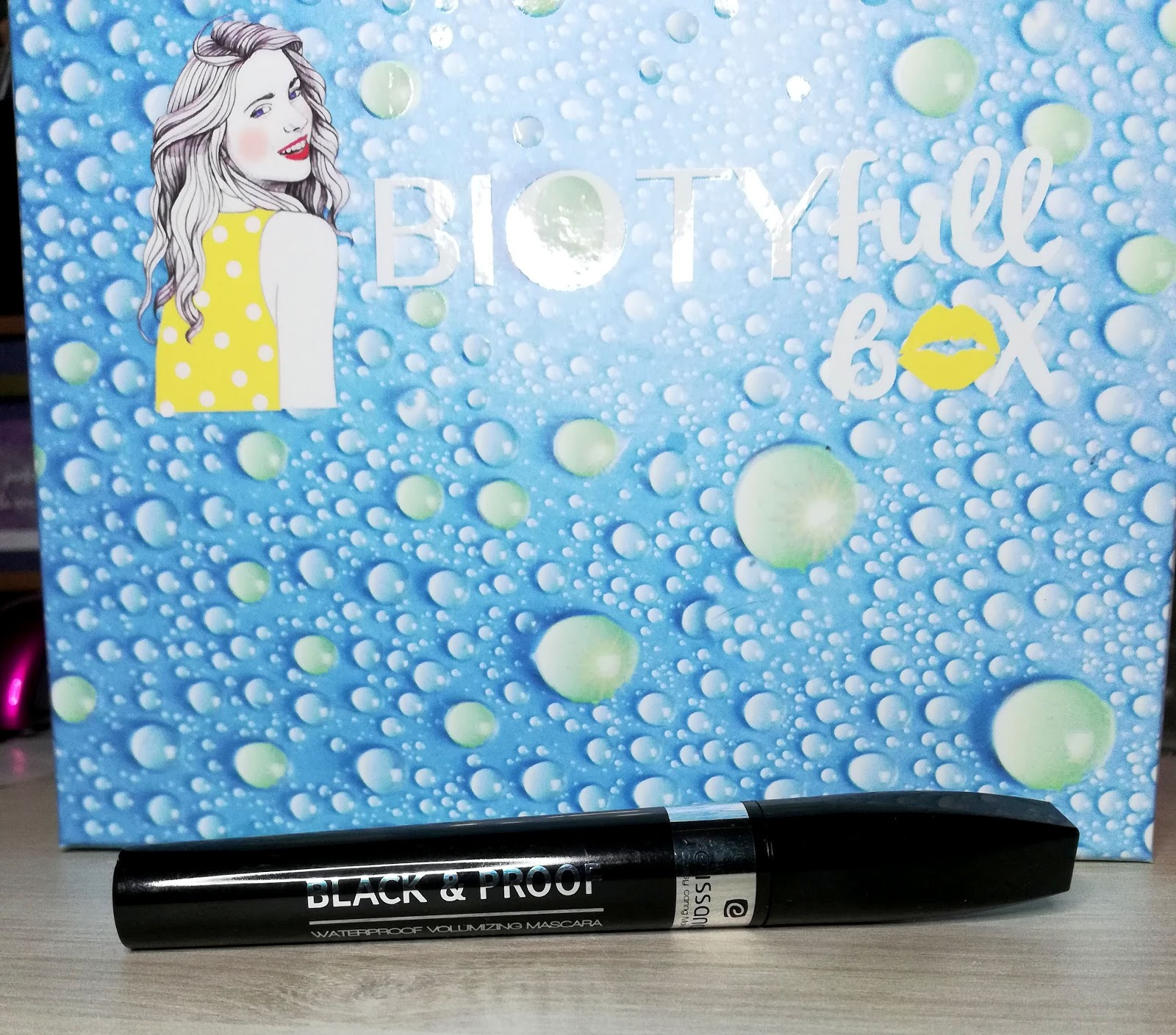 BIOTYFULL BOX Juillet 2019 : la Waterproof! 🌊