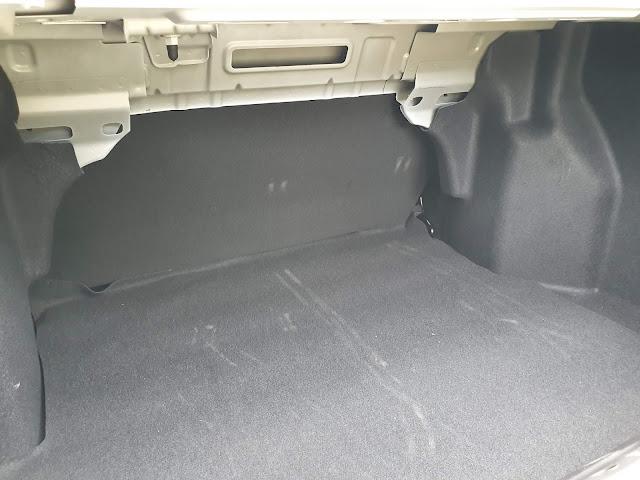 Ford Ka Sedan SE 2020 - interior - porta-malas