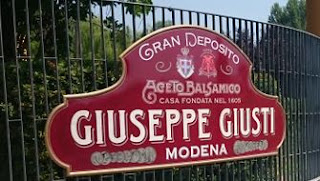Vinagre Balsámico de Módena Giuseppe Giusti.