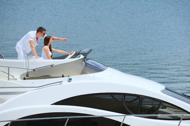 Yacht Cruise - Dubai