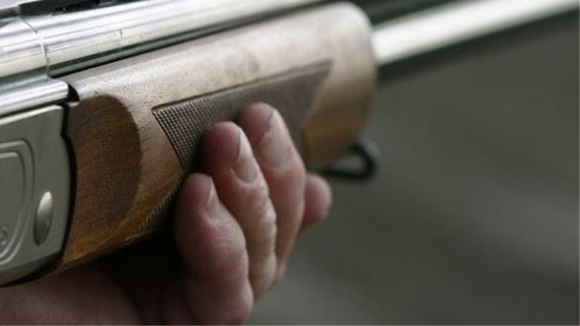 Μάνη: Νεαρός συνελήφθη με κυνηγετικά όπλα και βαρελότο