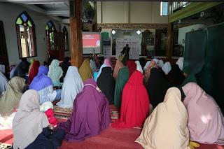 Kajian Muslimah Antara Cinta dan Benci dalam Beragama di Masjid Darussalam Karang Anyar Tarakan 20200119 - Kajian Islam Tarakan