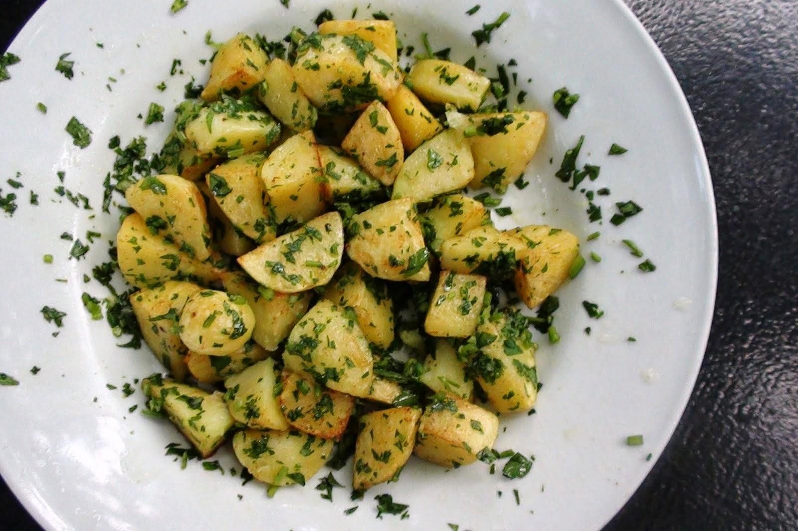 Resultado de imagem para Parsley Potatoes
