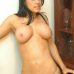 Andrea Rincon, Selena Spice Galeria 34 : Blue Jean Y Blusa Con Flores Foto 170