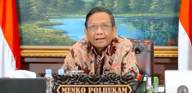 Beredar Video Mahfud MD Joget Dangdut, Tantang Yusril Dan Hidayat Nur Wahid