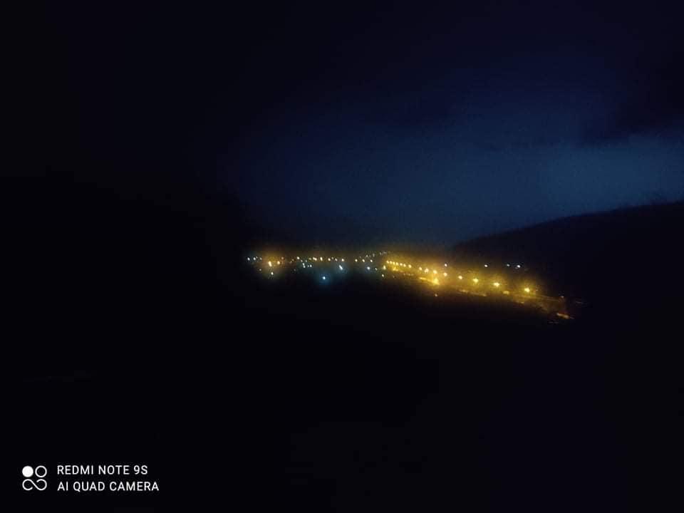 Ξάνθη: Άνοιξαν οι ουρανοί – Κεραυνοί έκαναν τη νύχτα μέρα στον Δαφνώνα