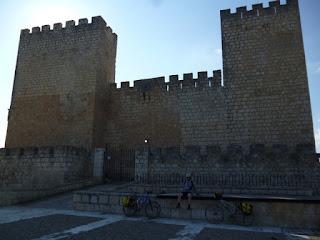 Castillo de Aguilar. Encinas de Esgueva