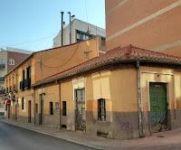 calle en la esquina Margaritas con Gloxinia