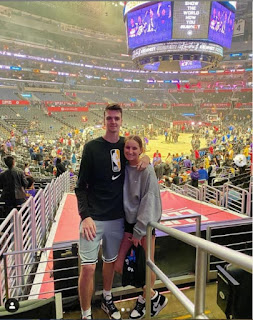 Marketa Vondrousova With Her Boyfriend Stepan Simek At Stadium