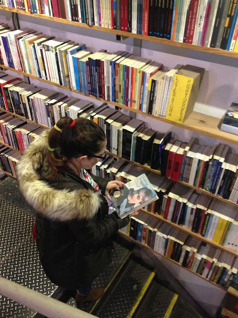 pela livraria Ler Devagar