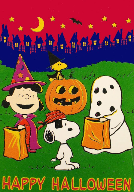 Download snoopy and spooky halloween pictures to color and draw