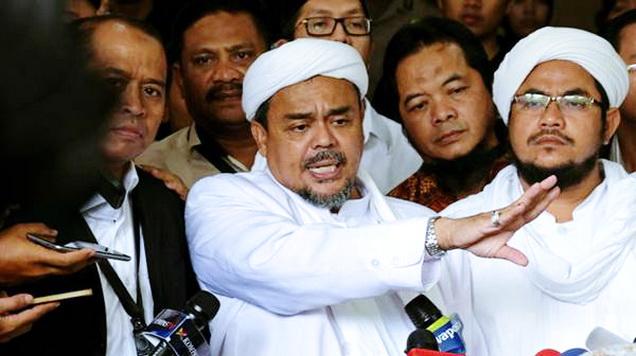 Habib Rizieq Janji Balas Kematian 6 Laskar FPI: 'Kami Akan Kejar Siapapun Yang Terlibat!'