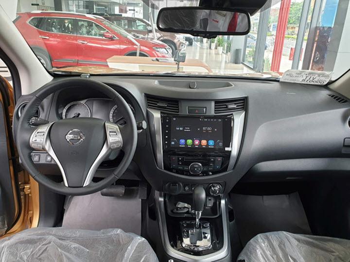 Nissan Terra giảm giá 120 triệu đồng, đua tranh doanh số