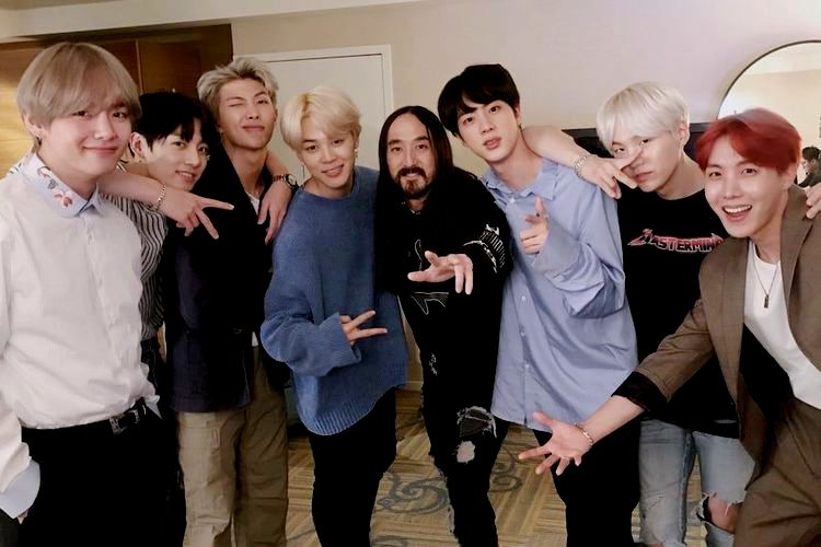 Steve Aoki's Reaction After Being The First Ranked on iTunes For The First Time With The Song 'Waste It On Me' Featuring BTS