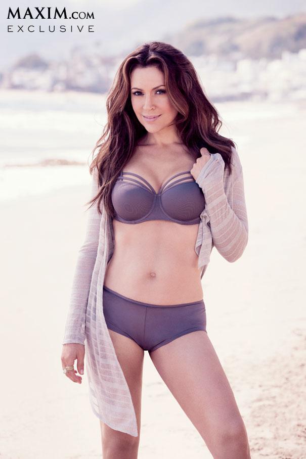 Alyssa Milano In A Bikini 35