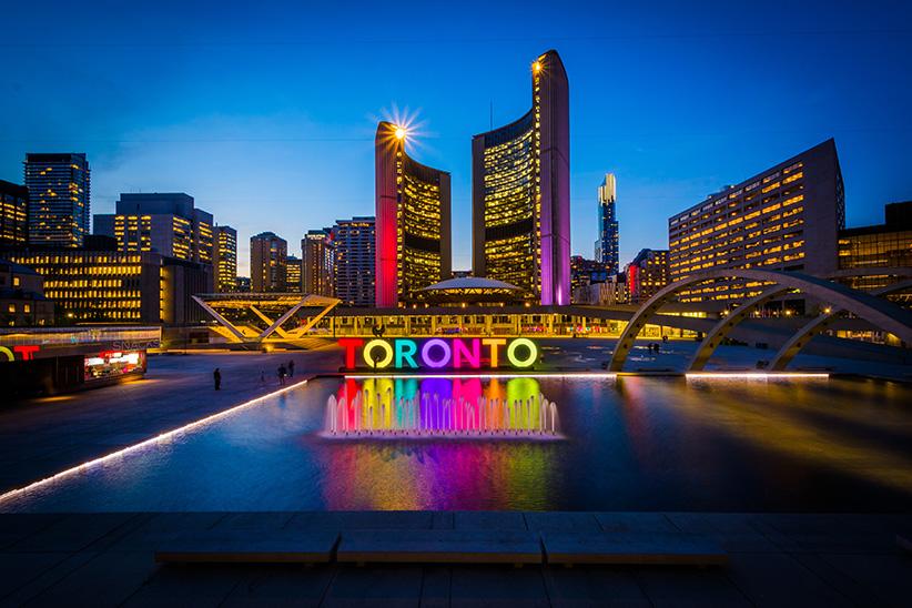 Toronto  Student Life in Canada Travfashjourno