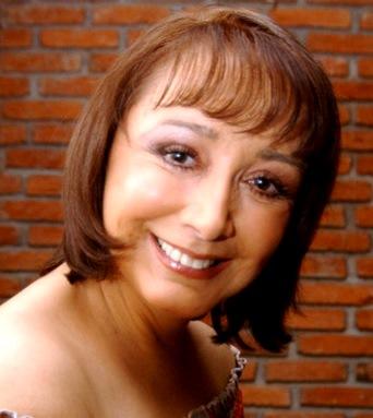 Foto de María Antonieta de las Nieves con flequillo