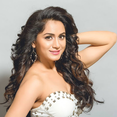 Smithika Acharya  (Indian Actress) Wiki, Biography, Age, Height, Family, Career, Awards, and Many More...