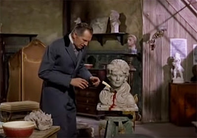 Cordier (Vincent Price) discovers the bloody sculpture of Odette in Diary of a Madman (1963)