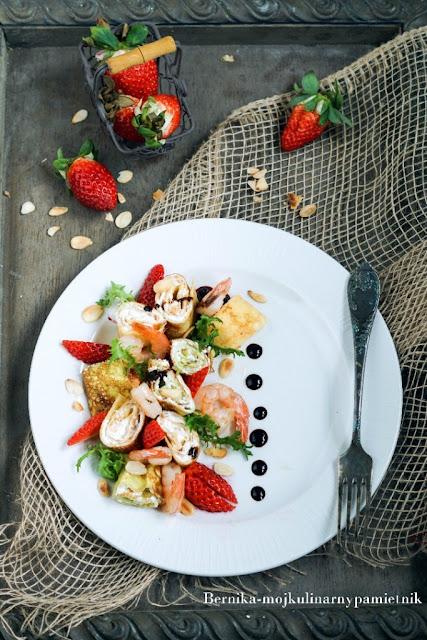 nalesniki, bez glutenu, bezglutenowe, krewetki, truskawki, dietetycznie, ser kozi, bernika, kulinarny pamietnik