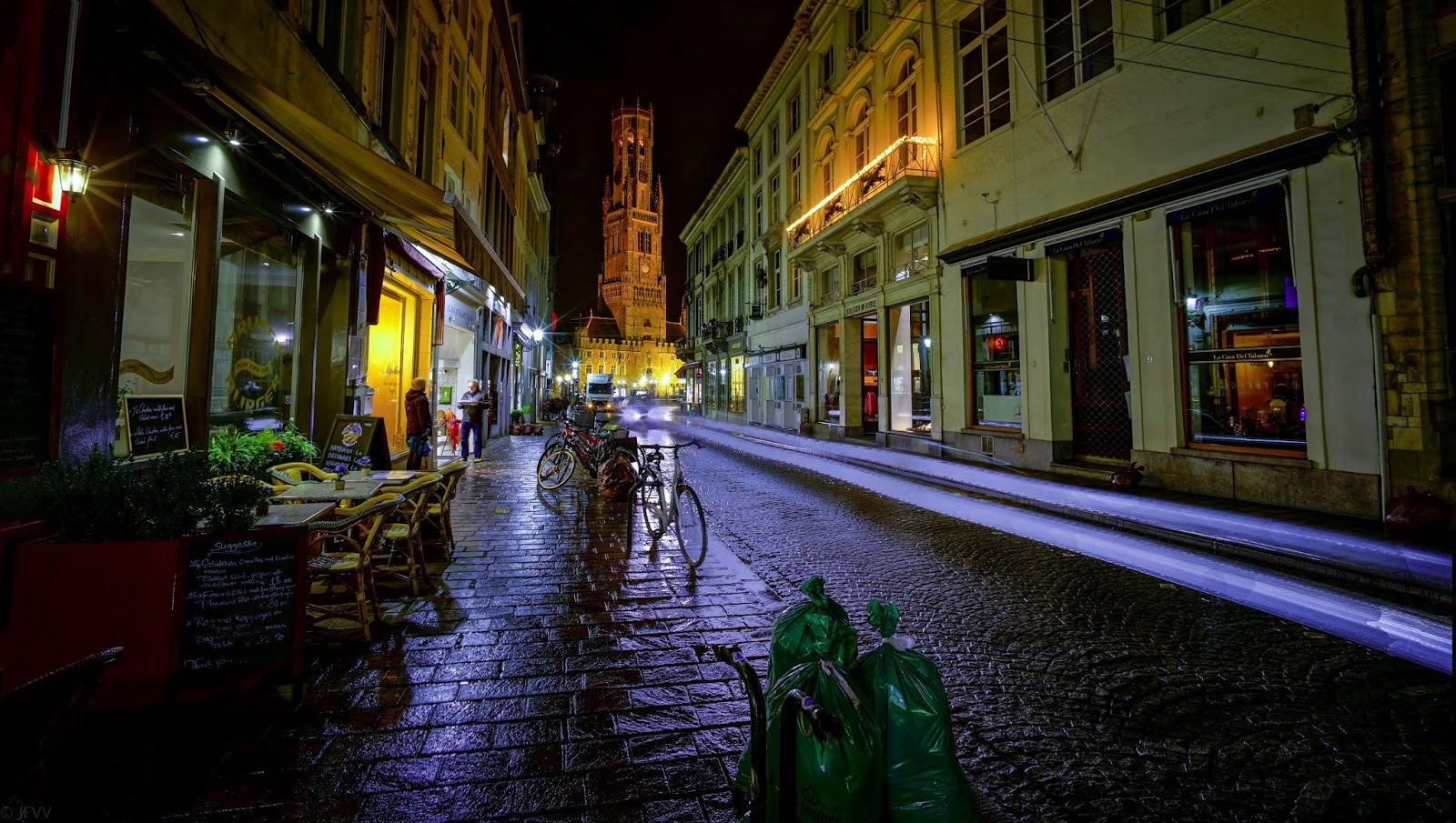 vanveenjf-bruges at night