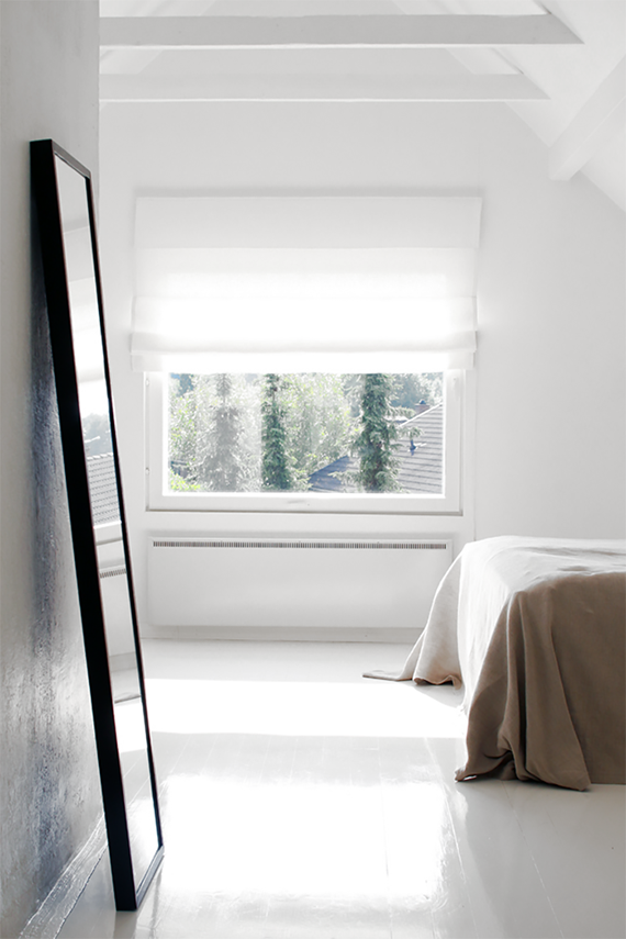 Soothing minimalist bedrooms for a simple life | Image by Pihkala via Styleroom