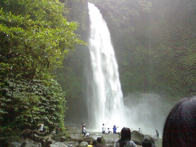 the beauty of the mist under Nungnung waterfall
