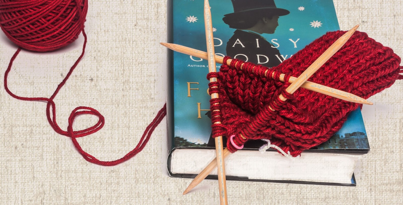 Fingerless Gloves Knitting Pattern Double Pointed Needles : Beauty abound: Ravelry red fingerless mittens