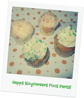 Blogiversary-party-cupcakes