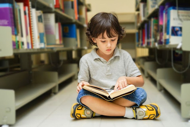How to introduce a child to reading