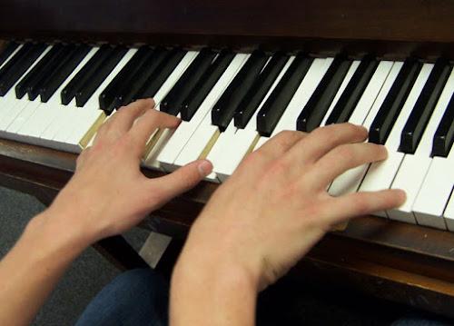 Cara Cepat Belajar Piano