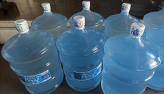 A Taxação de IPI sobre recipientes de água mineral é constitucional, afirma o STF