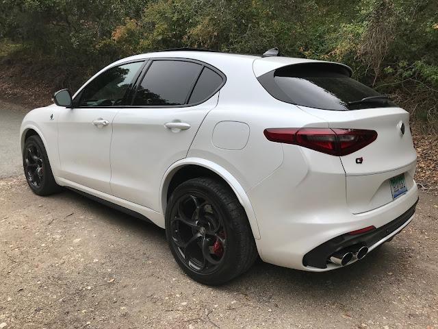 Rear 3/4 view of 2018 Alfa Romeo Stelvio Quadrifoglio AWD