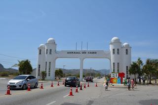 Novas taxas para entrada e permanência de veículos turísticos em Arraial do Cabo