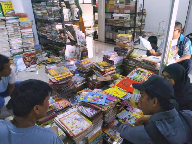 wisata buku murah di jakarta, jakbook