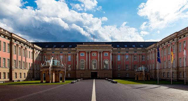 ポツダム ブランデンブルク州議会議事堂