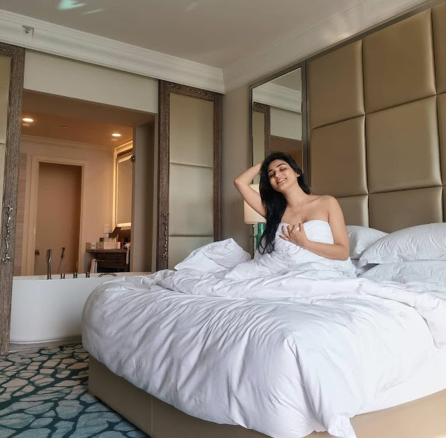Things to do for safe and secure Delhi escort services