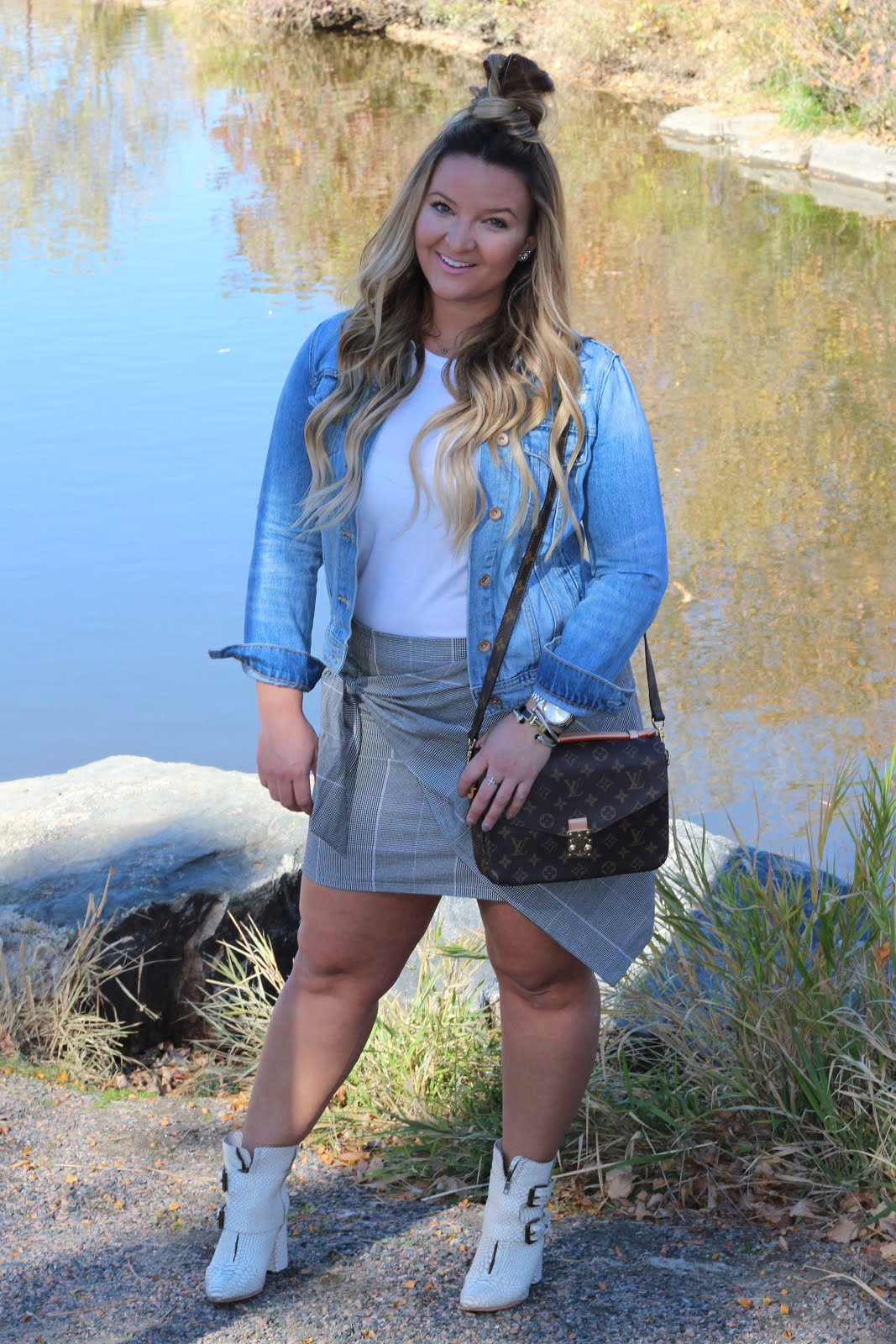 1 Grey Wrap Skirt 3 Ways by Denver fashion blogger Delayna Denaye