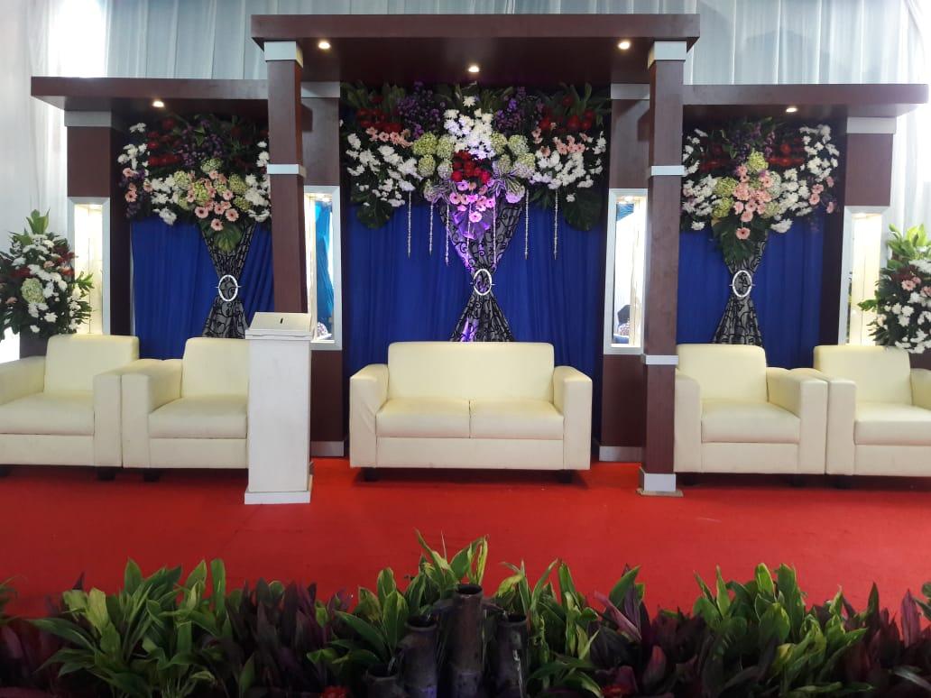 Jasa Vendor Dekorasi Bunga Pelaminan 036