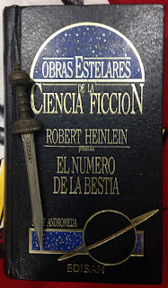 Portada del libro El número de la bestia, de Robert A. Heinlein