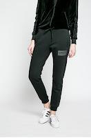 pantaloni-de-trening-femei10