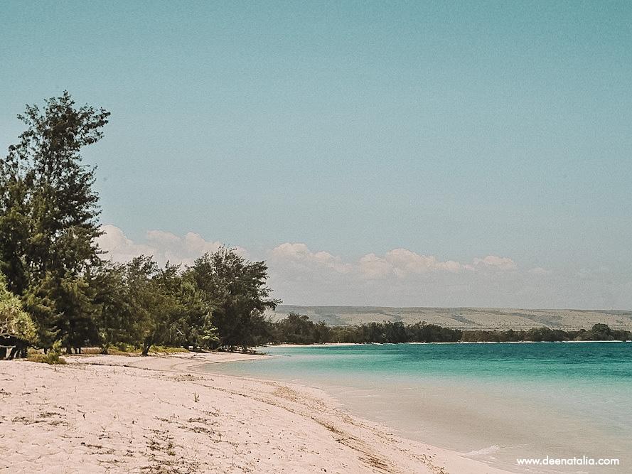 Pantai Puru kanbera Sumba