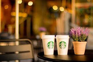 Membuat Suasana Coffee Shop
