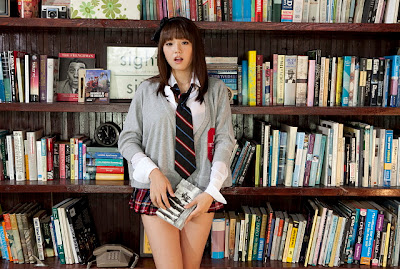 Ai+Shinozaki+in+library+and+bed03